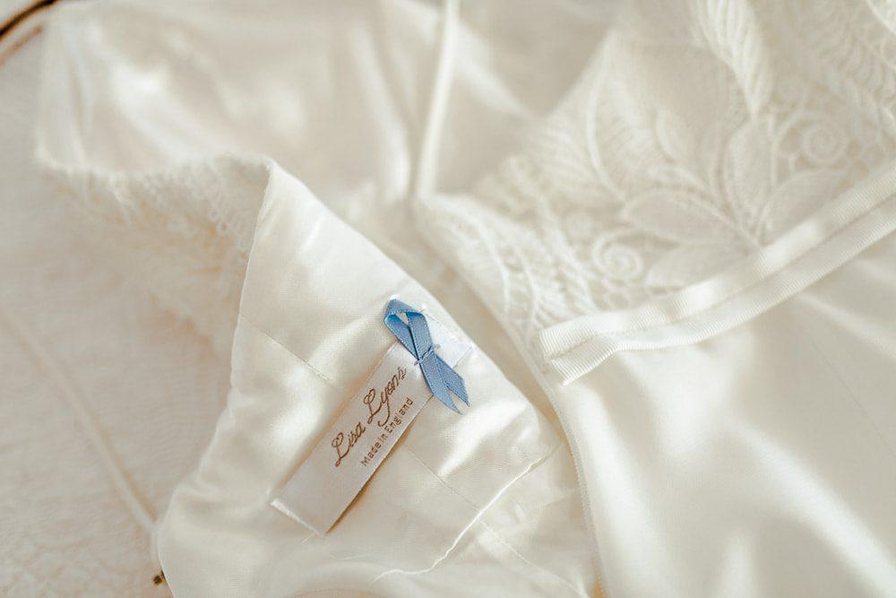 lisa lyons dress label